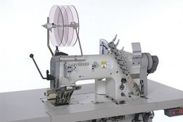TM625 : Multi-needle, double chainstitch, needle feed,looper-in-line machine(s)